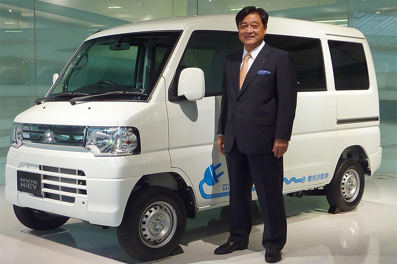 Thai arms of 2 Japanese firms to jointly test EV use for goods delivery