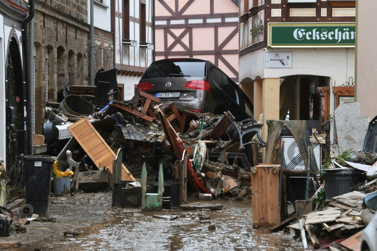 Questions are mounting about whether Germany's weather warning system failed to keep citizens safe.