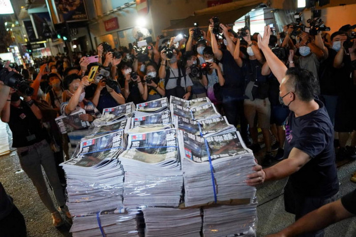 Hong Kong police arrest former Apple Daily editor-in-chief