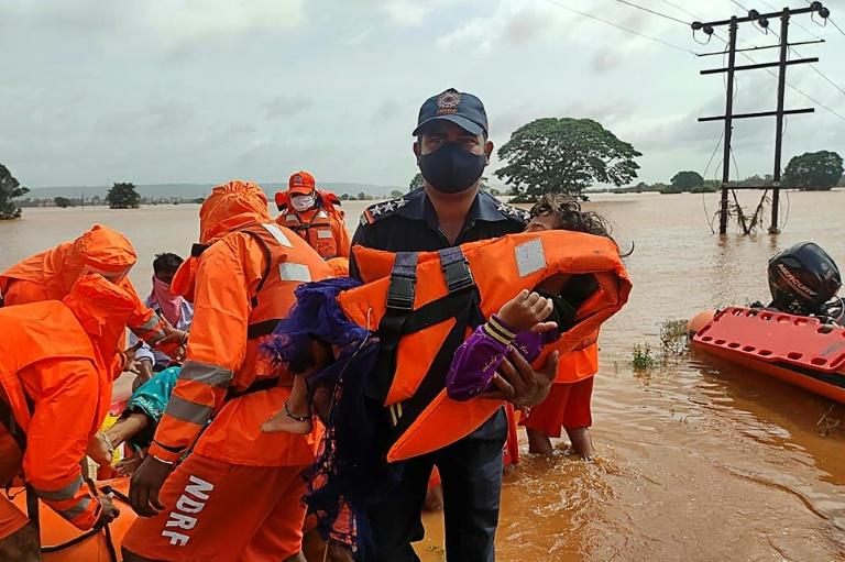 India monsoon death toll climbs to 127, dozens still missing