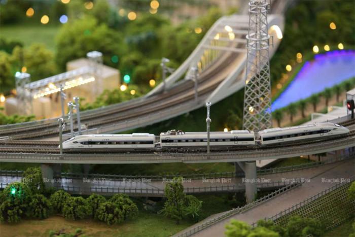 Hi-speed rail work delayed over curbs