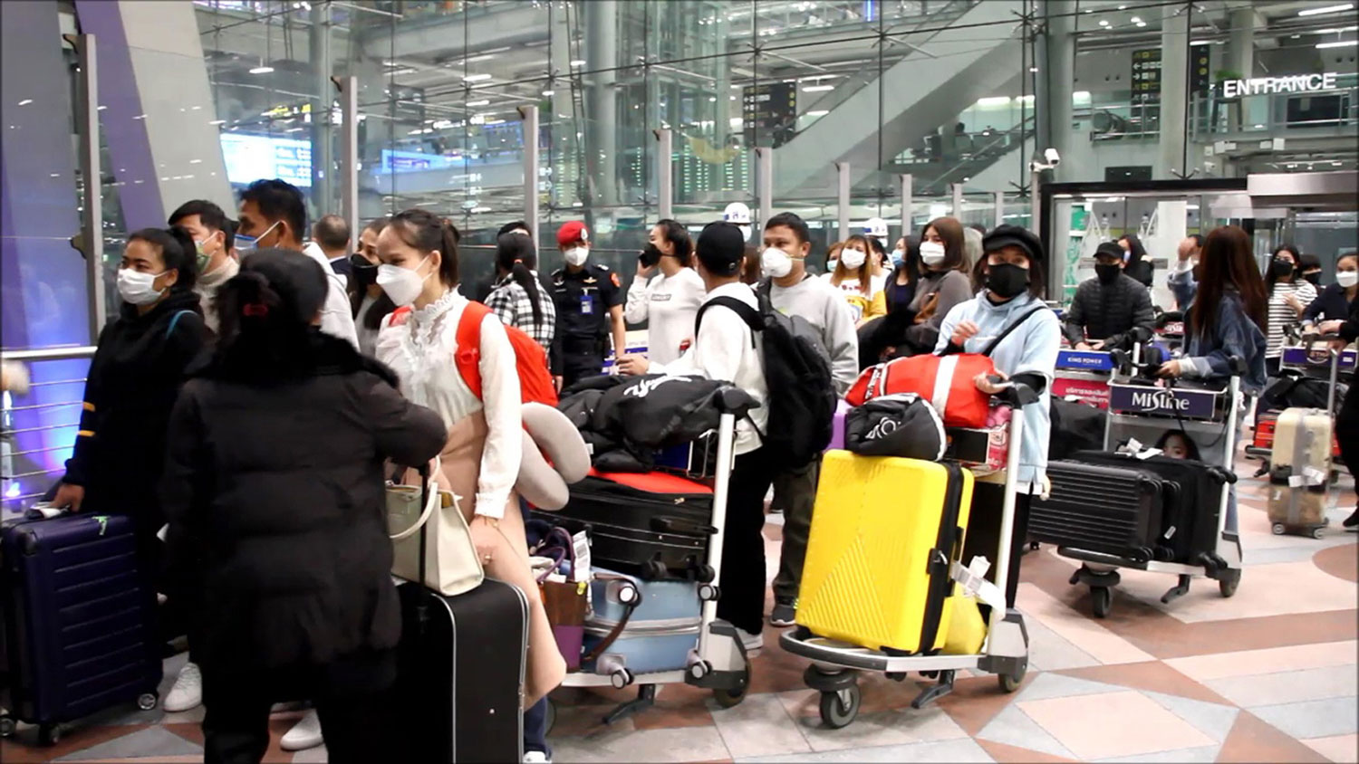 Govt warns of perils for Thai workers heading to S Korea