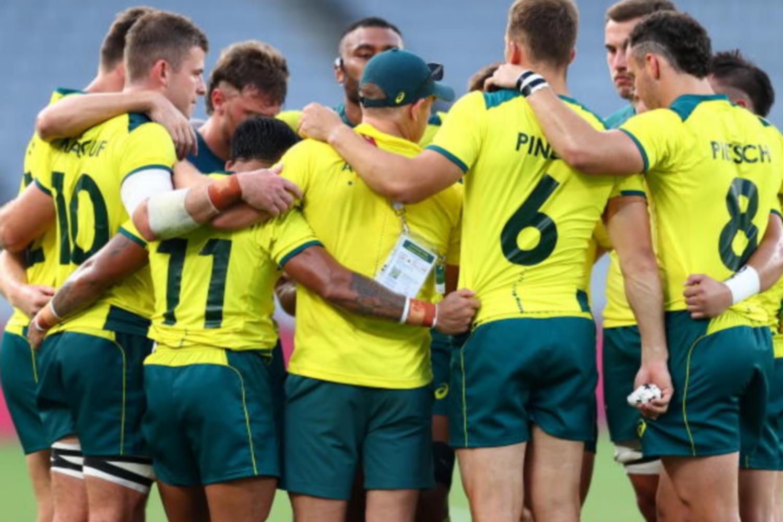 Australian Olympic athletes under fire for rowdy, drunken flight home