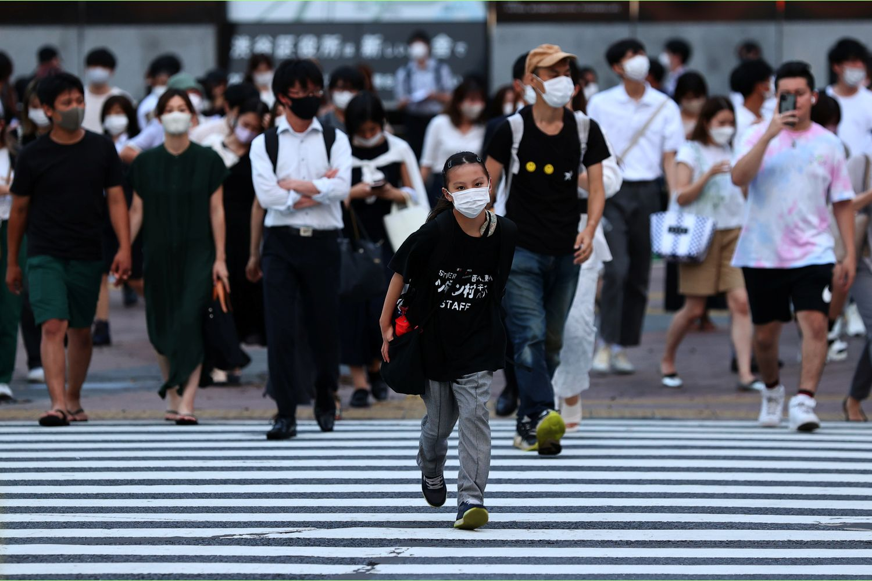 Tokyo logs record 5,042 Covid cases