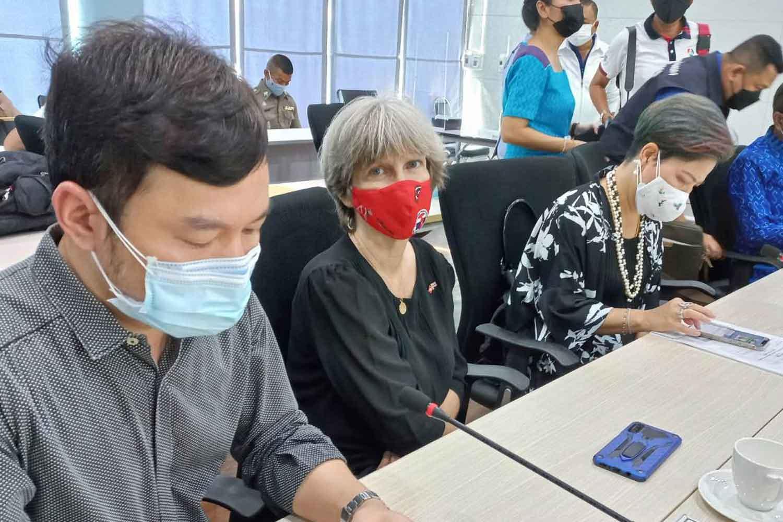 Andrea Kotas Tammathin, the honorary consul of Switzerland in Phuket, centre, at the Phuket Sandbox operations centre on Friday. (Photo: Achadthaya Chuenniran)