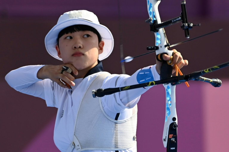 Anti-feminists are demanding that short-haired Olympic champion An San hand back her medals.
