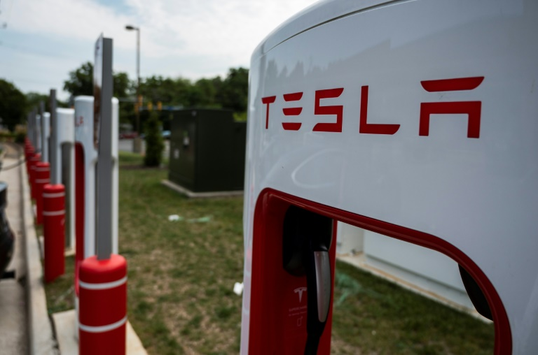 US opens probe of Tesla Autopilot after 11 crashes: agency