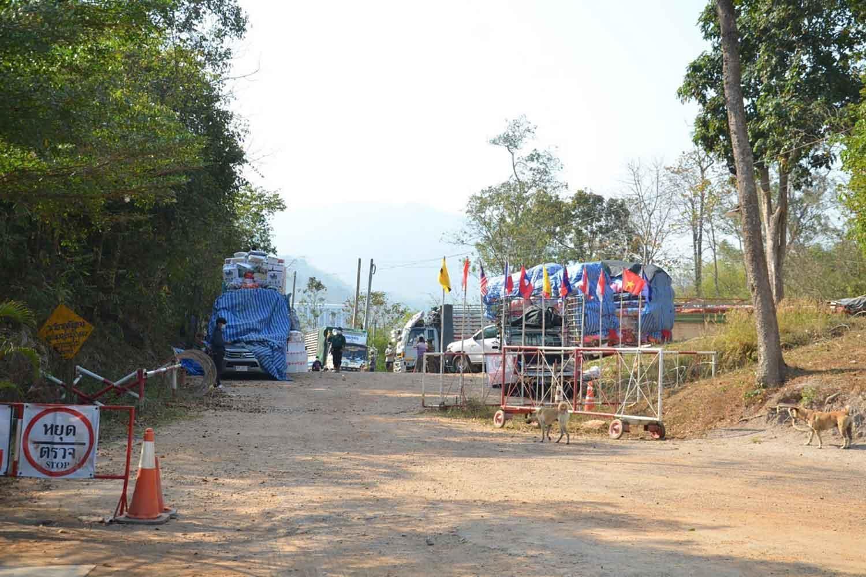 The Phu Nam Ron border crossing in Muang district, Kanchanaburi, opposite Myanmar's Tiki checkpoint. (Photo: Piyarat Chongcharoen)