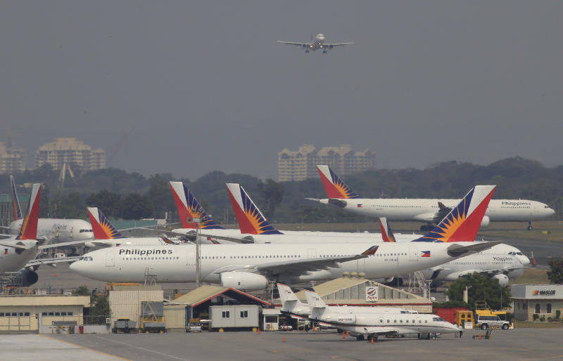 Aircraft of Philippines Airlines park beside a hangar at a runway of the Ninoy Aquino International Airport in Manila March 14, 2016. (Reuters photo)