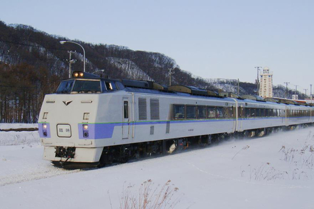 A KiHa 183 train of JR Hokkaido is seen running on a railway covered in snow in Japan. Seventeen decommissioned locomotives of the same type, aged about 40 years old, have been donated to the State Railway of Thailand and will soon arrive in the country.