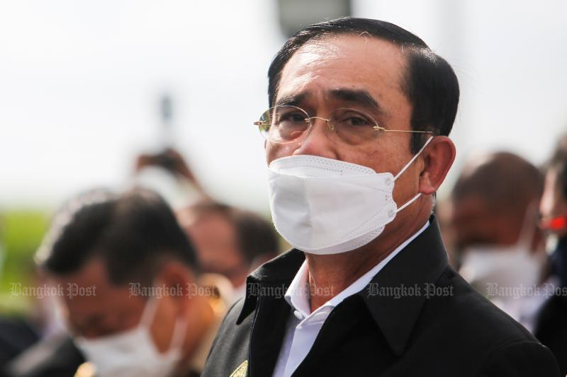 Prime Minister Prayut Chan-o-cha reacts during his tour of the flume and water pump station in Muang district, Samut Prakan on Sunday. (Photo: Wichan Charoenkiatpalul)