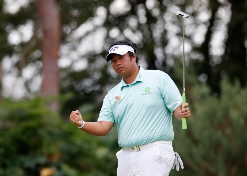 Thailand's Kiradech Aphibarnrat celebrates during the final round of the BMW PGA Championship at  Wentworth Golf Club, Virginia Water, Britain on Sunday. (Reuters photo)