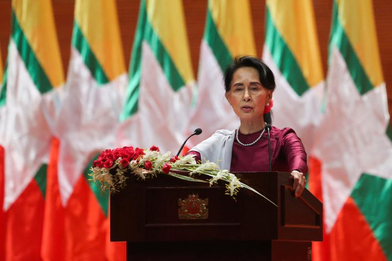 FILE PHOTO: Myanmar's State Counsellor Aung San Suu Kyi delivers a national address in Naypyidaw on Sept 19, 2017. Ousted Myanmar leader Aung San Suu Kyi skipped the resumption of her coronavirus-delayed trial in a junta court due to car sickness, her lawyer said on Monday. (AFP photo)