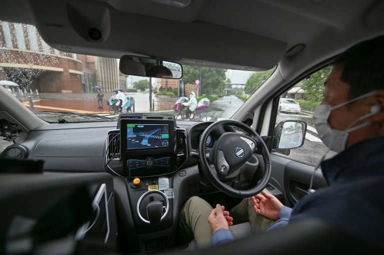 With an ageing population in need of transport, Japan is betting on autonomous cars.
