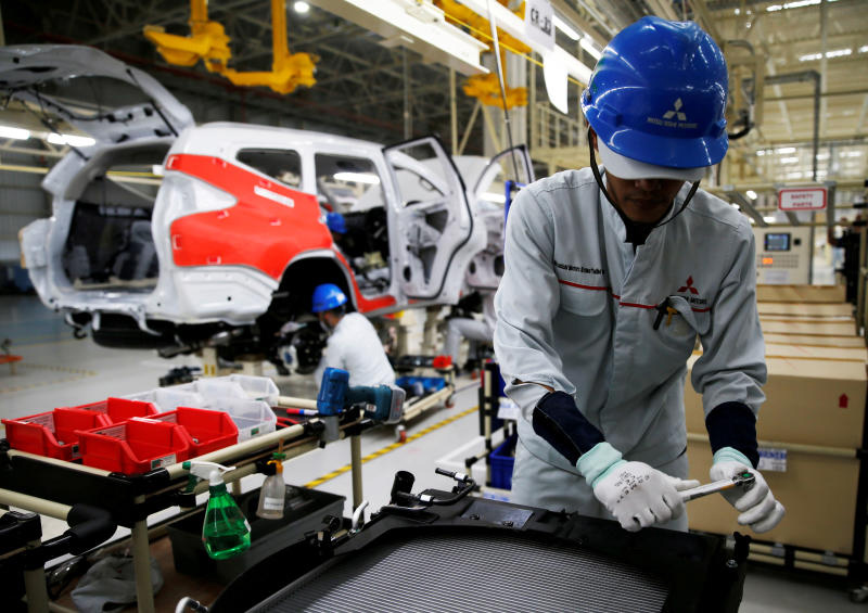 Indonesia reinstates temporary tax break for small-car sales