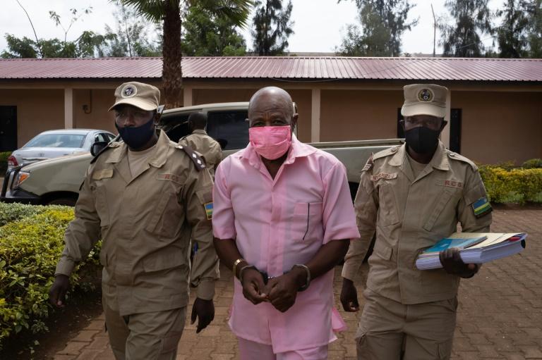 'Hotel Rwanda' hero to learn verdict in terror trial