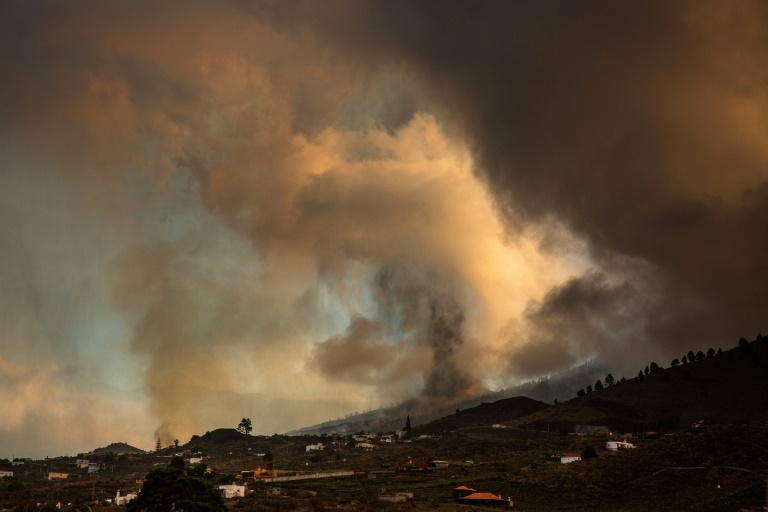 The Cumbre Vieja volcano sent huges plumes of thick black smoke into the sky after it erupted Sunday afternoon.