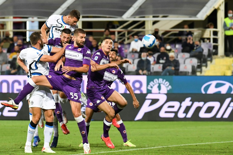 Inter fire title warning shot at Fiorentina to reclaim top spot