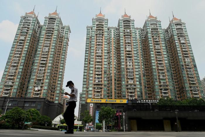Evergrande signs deal to avoid default on key bond