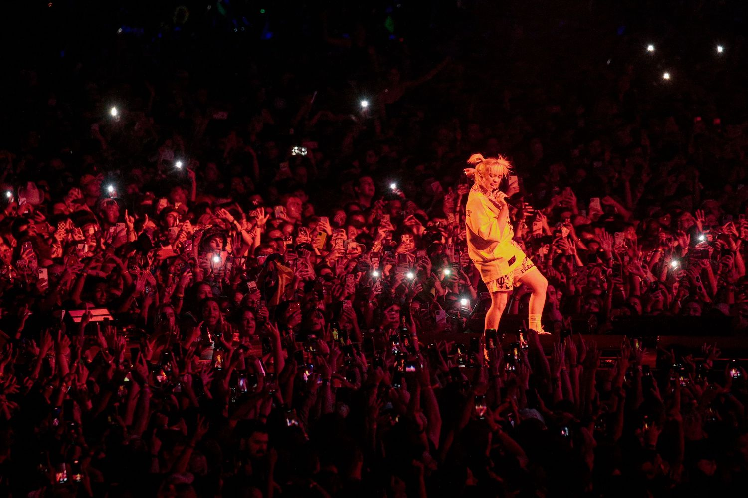 Pop royalty stage world-spanning shows