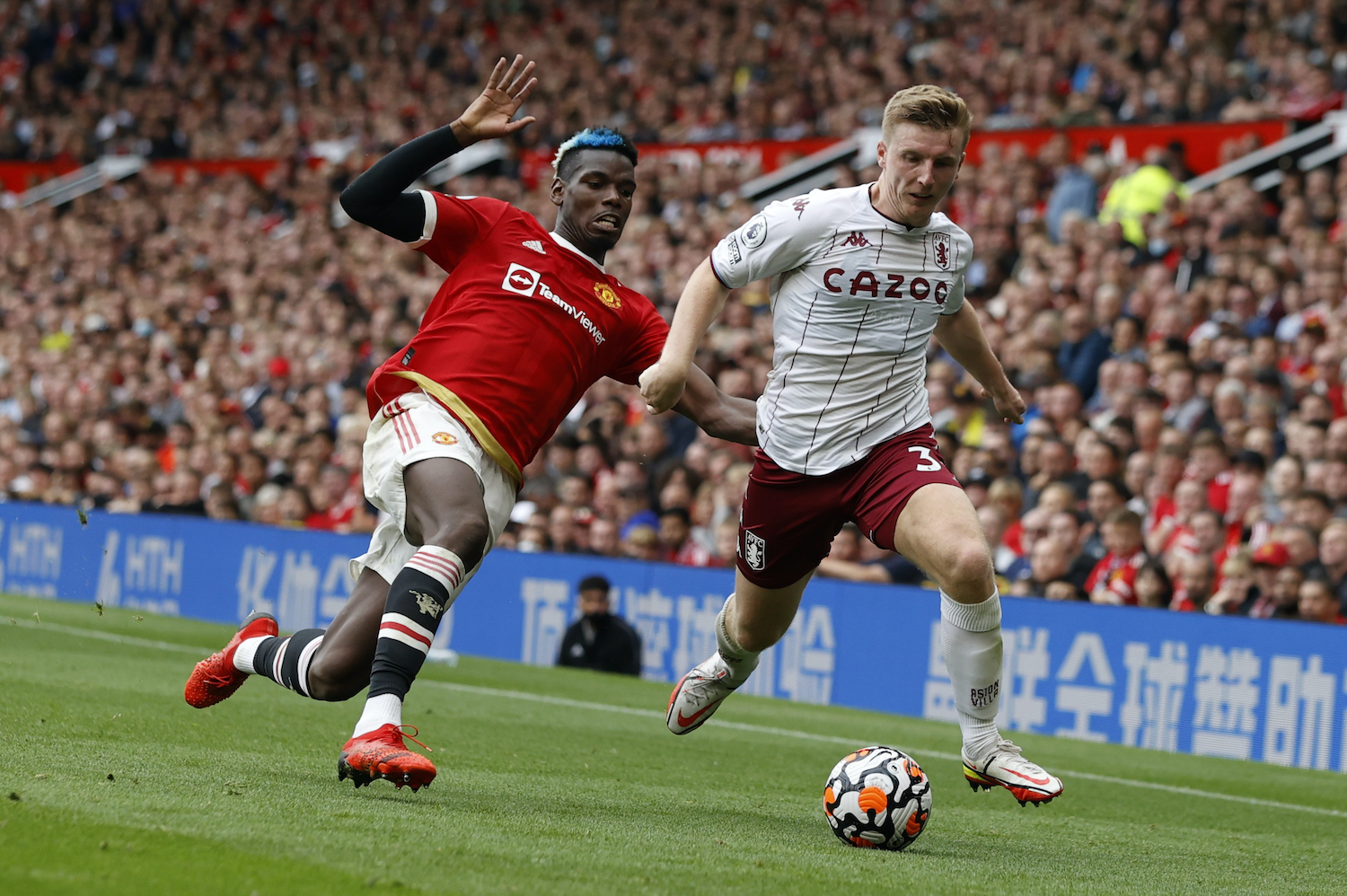 Mixed fortunes for Manchester clubs