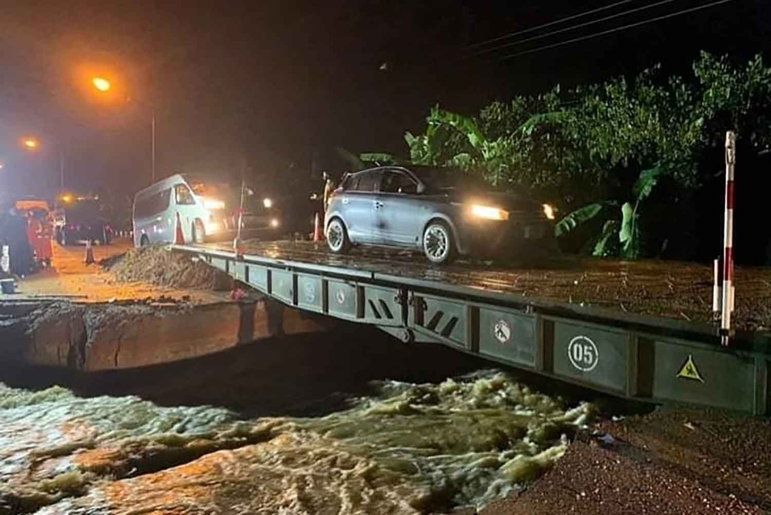 Flooded Highway 21 reopened to traffic
