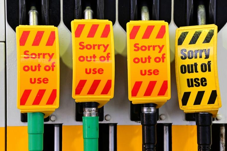 Fuel pumps run dry in UK as govt blames panic buying