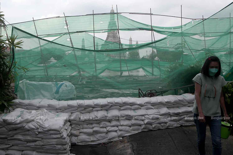 Bangkok prepares for flooding