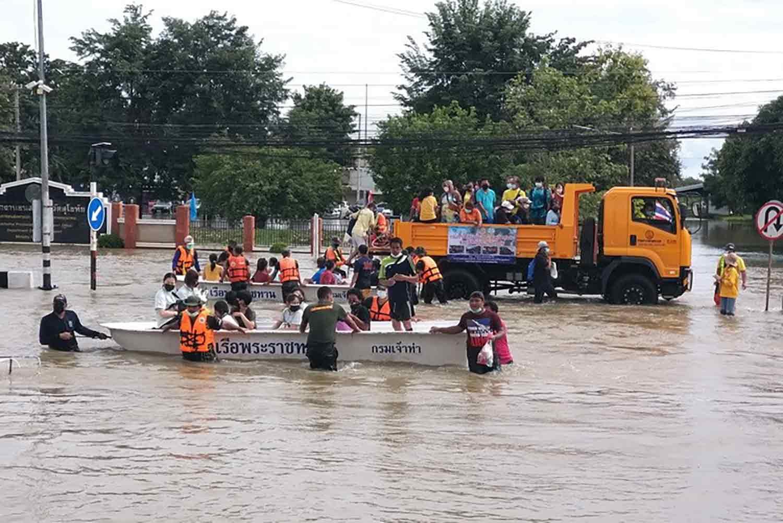 Sukhothai floodwater slowly receding