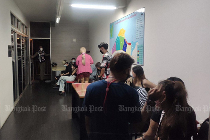 Police raid Pattaya karaoke bar