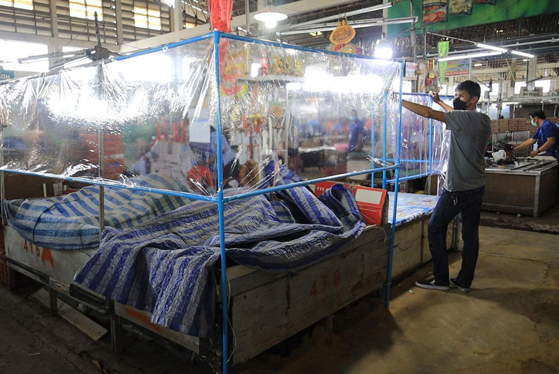 Korat's Talad Suranaree farm market reopening
