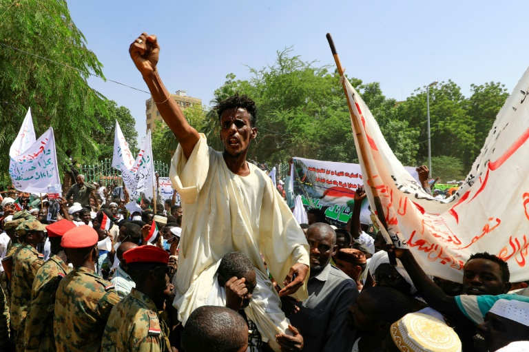 Thousands of pro-military protesters rally in Sudan capital