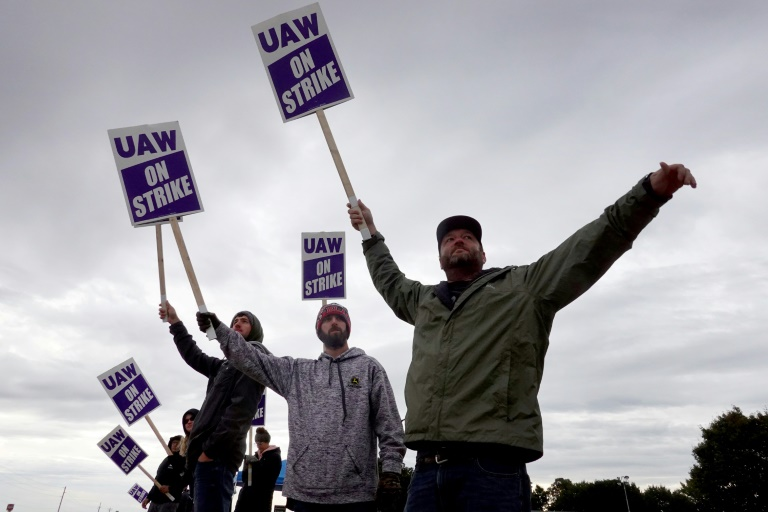 Frustrated and weary over long pandemic hours, more US workers are striking