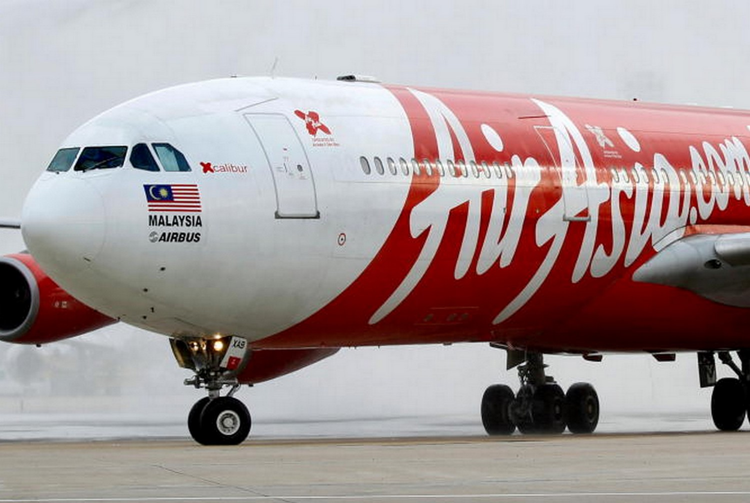 Malaysia's AirAsia X proposes paying just 0.5% of $8bn debt
