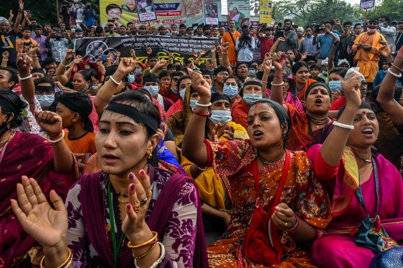 Bangladesh arrests hundreds for violence against Hindus