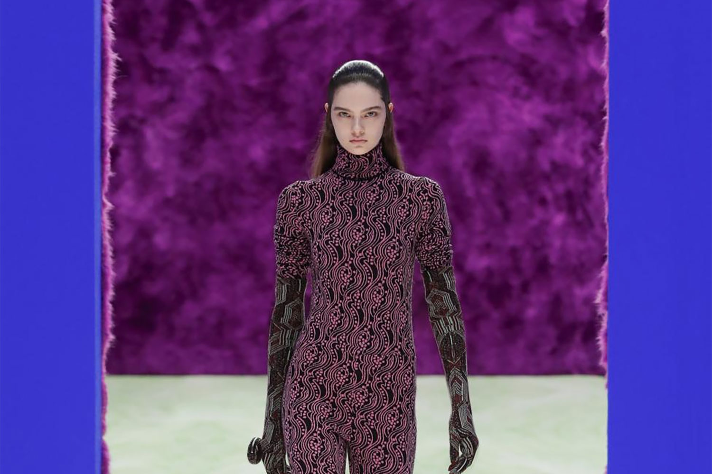 Prada finds fine line between utility and elegance
