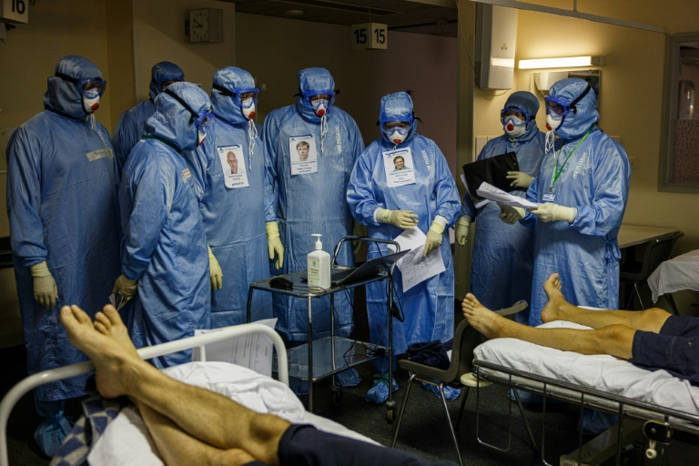 Pleas and regrets in Russian hospital as Covid rages
