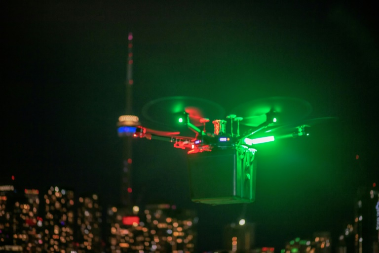 Canada hospitals use drones to carry lungs for transplant