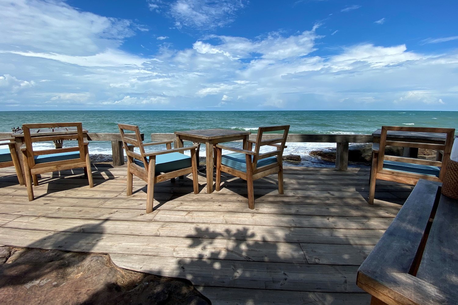 Vietnam to reopen Phu Quoc next month