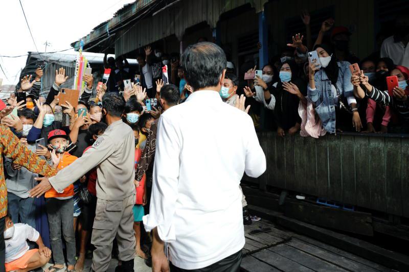 Indonesia in talks to buy Merck's Covid-19 antiviral pill
