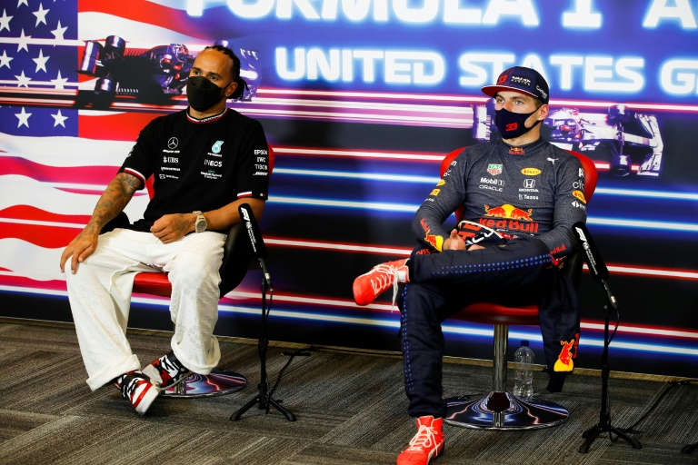 Verstappen has stronger hand in F1 title thriller