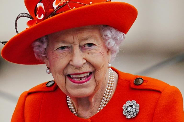 Queen Elizabeth cancels COP26 attendance 'on medical advice'