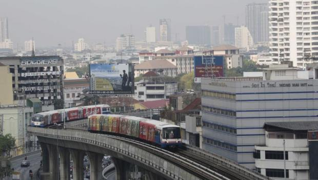 A BTS Line passes residential areas in Bangkok. Investors may consider building small hotels near the mass transit system or acquire old buildings or shophouses and convert them into small hotels.PATTARACHAI PREECHAPANICH