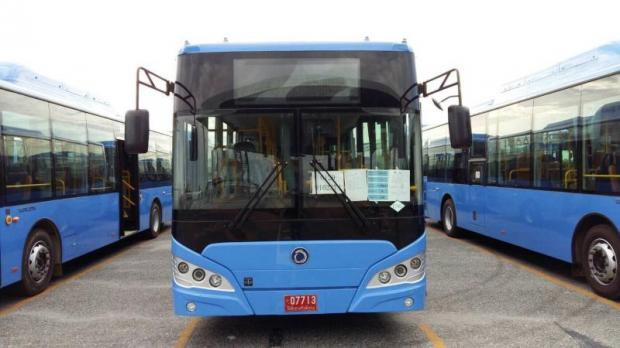 Ready to go: The first batch of 100 NGV air-conditioned buses arrive at Laem Chabang port.