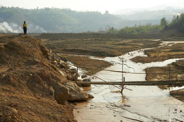 ebbs and woes: Villagers in Myaung Pyo say the creek began to dry up in the 1990s after Heinda Tin Mine, which is run by Thai-owned Myanmar Pongpipat Co, set up shop in the area. (Photo by Sayan Chuenudomsavad)