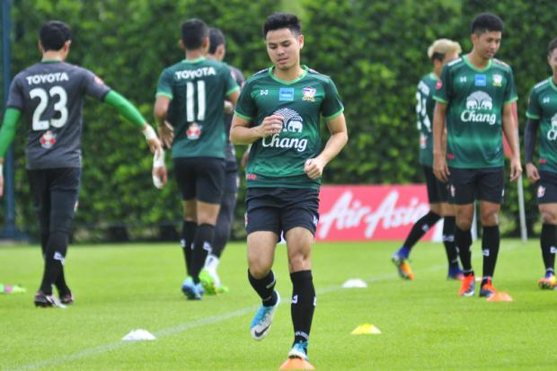 Thailand defender Theerathon Bunmathan during a training session yesterday. PR