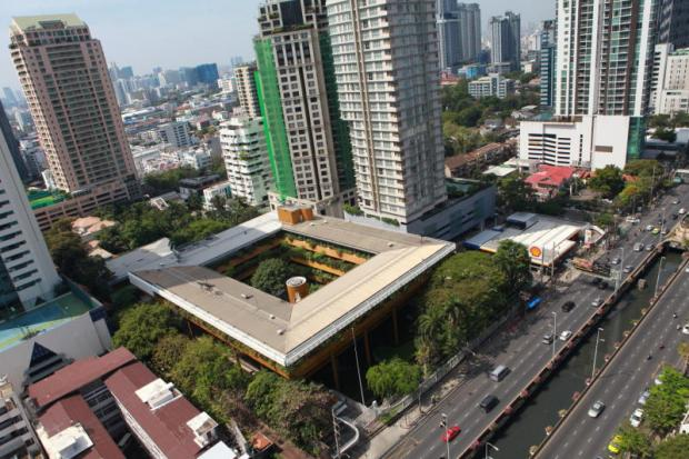 An aerial view of Sathon Road shows a square low-rise building that formed part of the Australian embassy. Supalai will develop a mixed-use project at the site. SOMCHAI POOMLARD