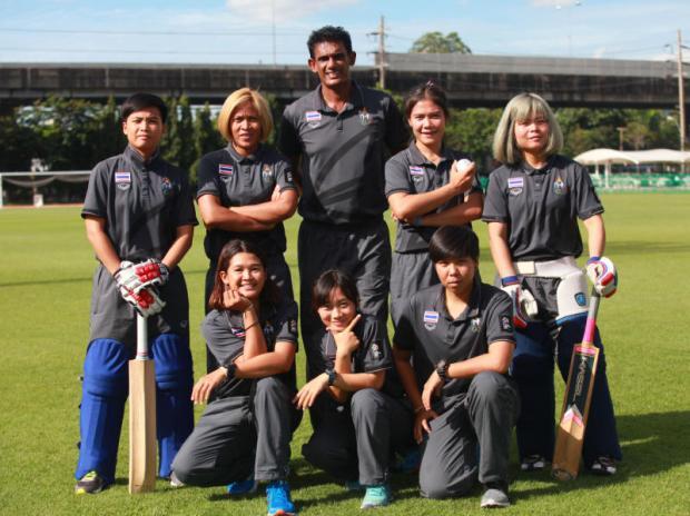 The Thai national women's cricket team. photo: Somchai Poomlard