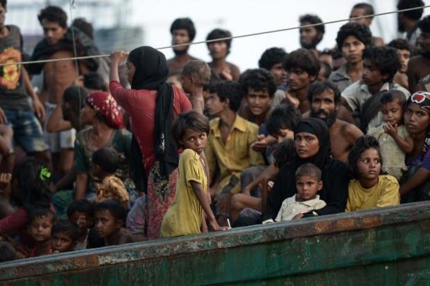 Rohingya migrants on a boat adrift in waters off Ko Lipe in 2015. Photo: AFP