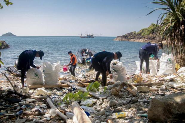 Hotels urged to cut plastic use